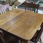 5 leg table with 4 chairs