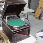 Antique turn table ( no crank )