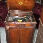 Victrolia with needles and Hank Willams record