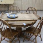 oak Round table with large leaf / 4 chairs and lazy susan / glass top for round table and susan